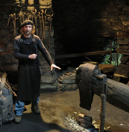 Conjunto etnográfico de Mazonovo. Foto cedida por Turismo de Asturias.