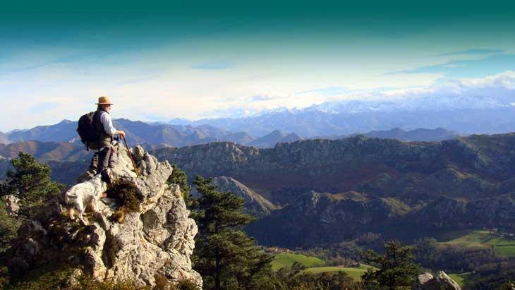Picos de Europa desde el Sueve. Foto Manuel Acebal. Cedida por Turismo de Asturias