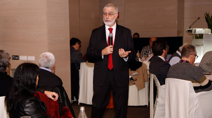 El viceministro de turismo de Uruguay, Benjamín Liberoff, durante la presentación de Barcelona de las novedades para 2017