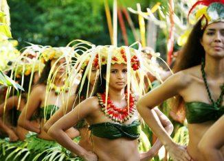 Danzas tradicionales. © Gregoire Le Bacon