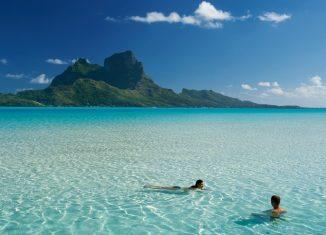 Playa paradisíca de Tahití. © Tim Mckenna