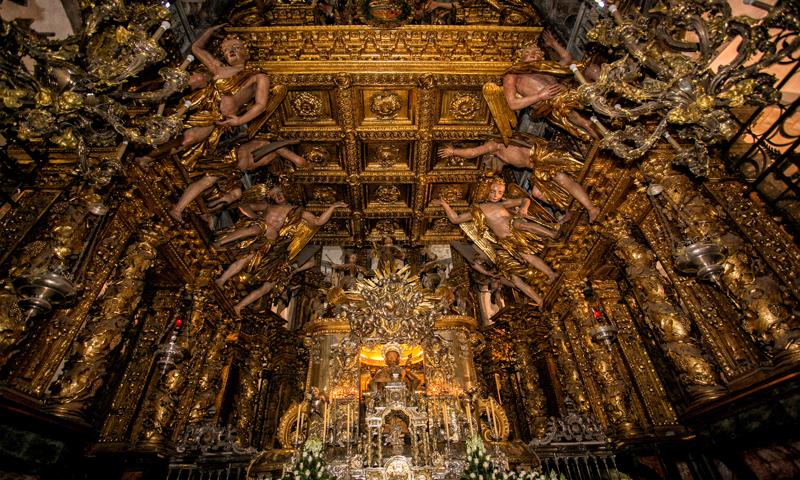 Altar mayor catedral de Santiago de Compostela © Turgalicia
