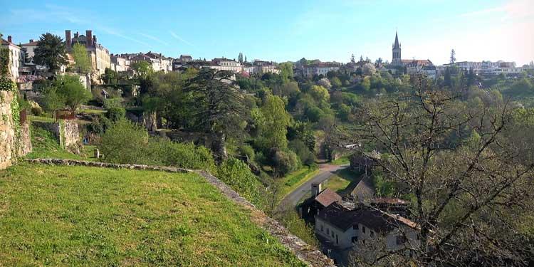 Nontron, capital del Périgord Verde