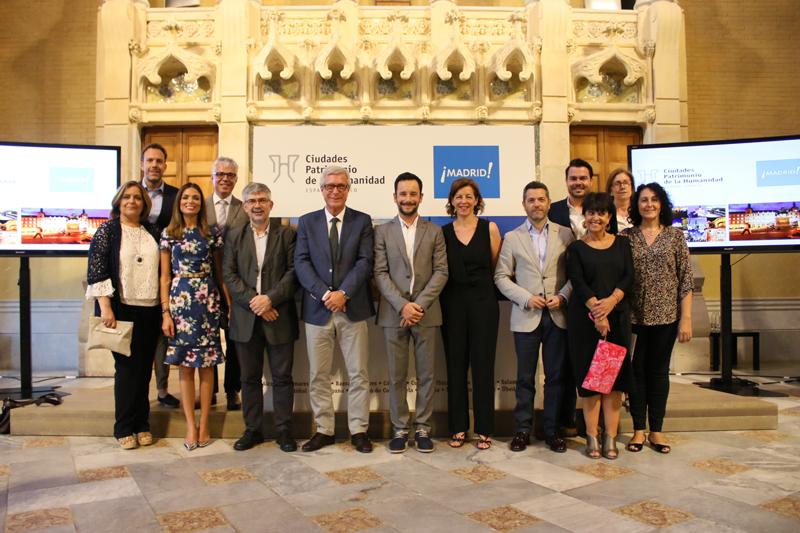Foto de familia de los representantes políticos de las ciudades patrimonio Unesco de España y Madrid