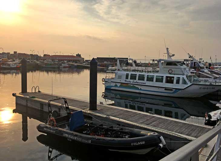 Pantalán de donde salen los catamaranes que recorren la Ría de Arousa