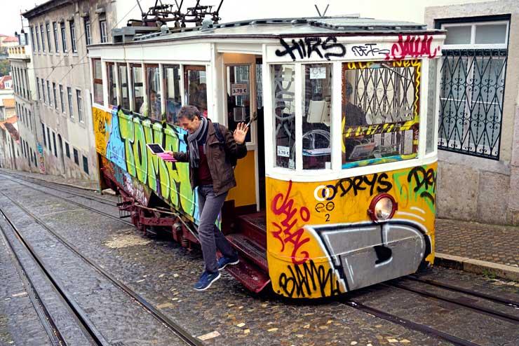 El tranvía es uno de los transportes más usados en Lisboa