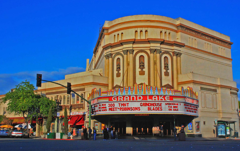 Teatro Grand Lake © Graham Thomas / Visit Oackland