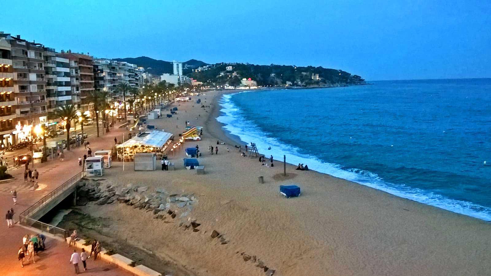 Vistas de la playa de Lloret de Mar desde Attics La Carpa