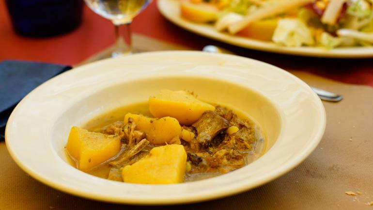 El estofado de ternasco es una de las delicias de la comarca Comunidad de Teruel