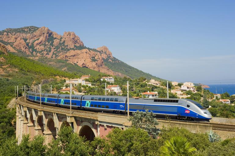 La alta velocidad conecta desde hace cinco años España y Francia