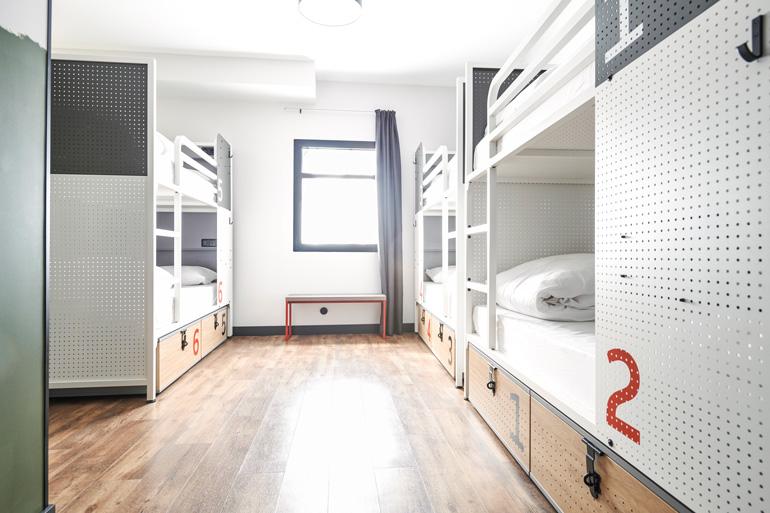 Habitación compartida en Generator