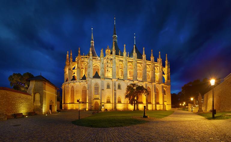 Iglesia de Santa Bárbara de Kutná Hora © Ladislav-Renner