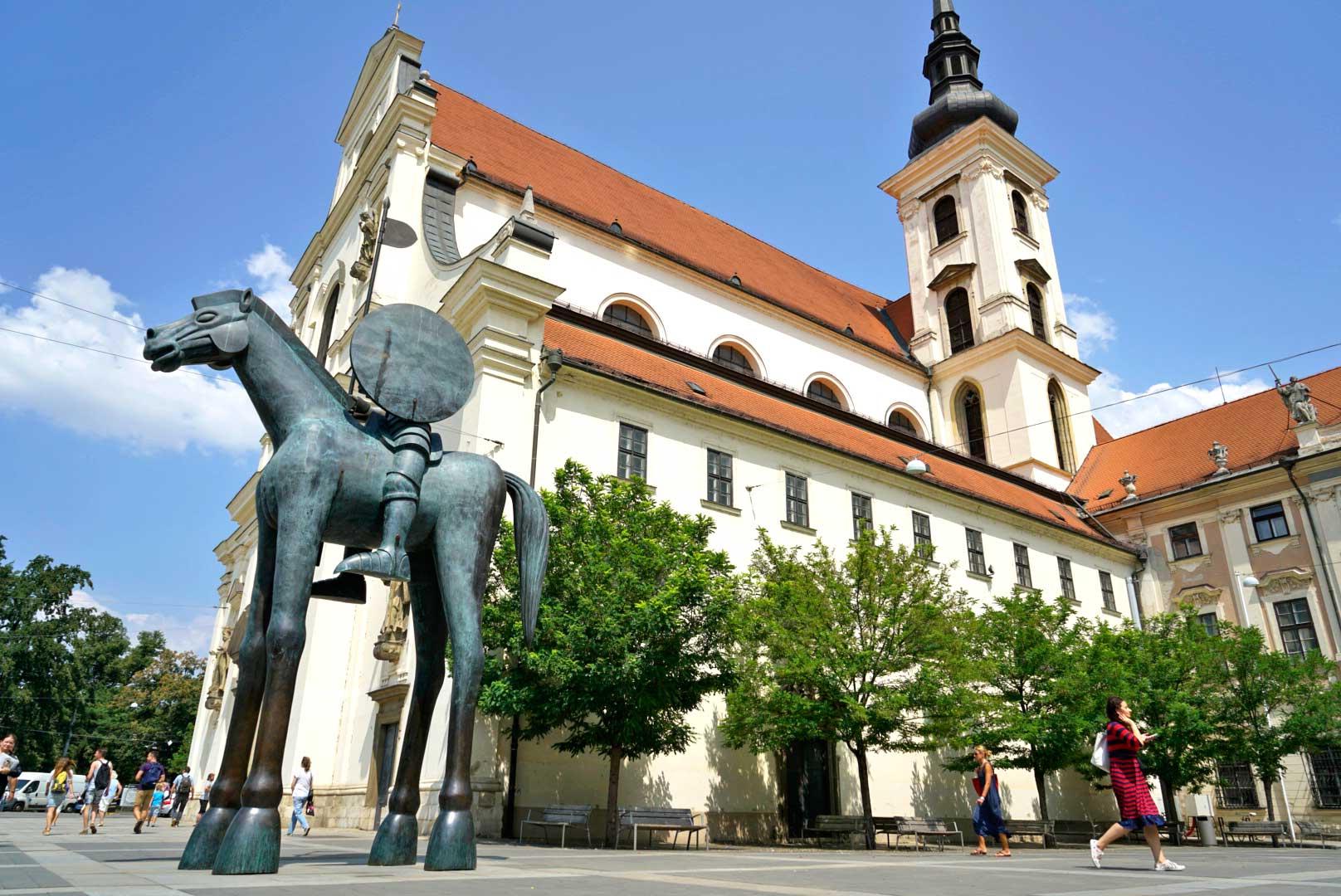 Valentia es el nombre de una de las estatuas que está en el casco antiguo de Brno