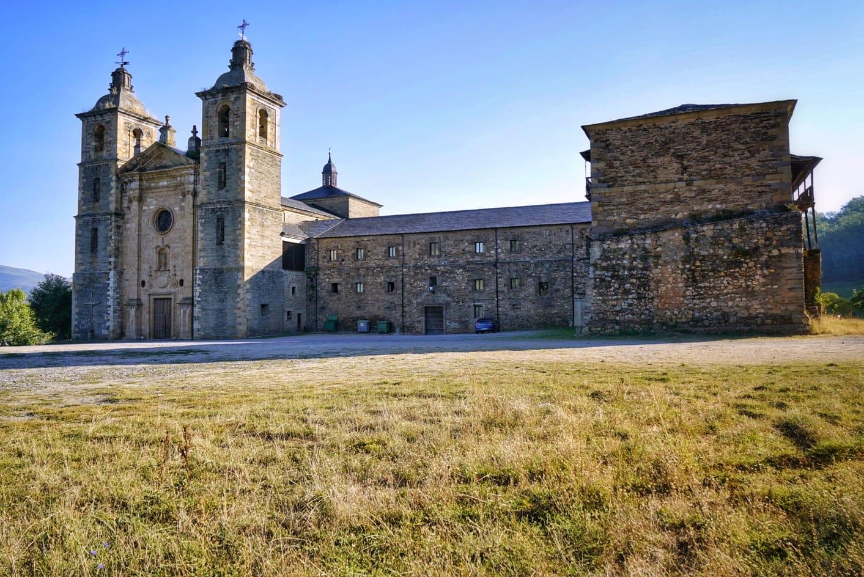 Monasterio de San Andrés en Vega de Espinareda