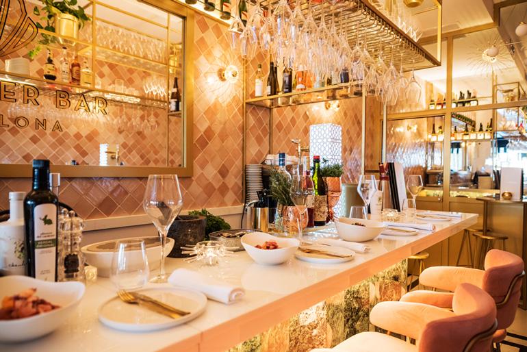 71 Oyster Bar, un lugar perfecto para degustar productos como ostras y marisco