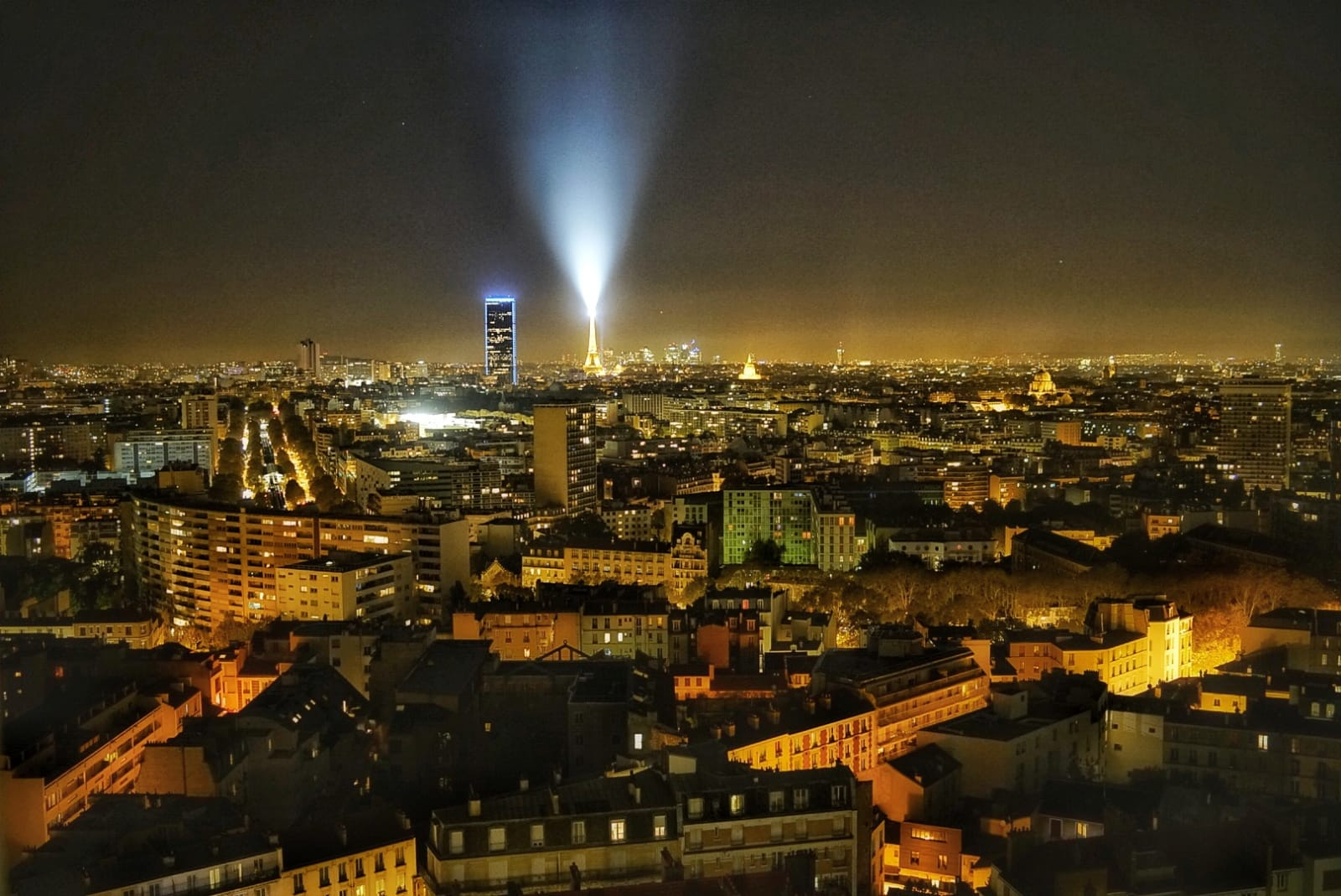 Vistas de nuestro apartamento Guesttoguest en París...¡Alucinantes!