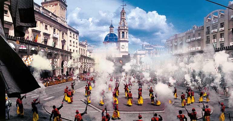 Día del Alardo en los Moros y Cristianos de Alcoy