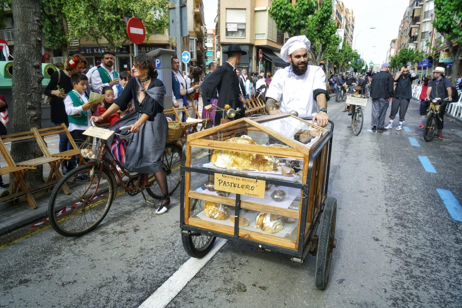 Momentos del desfile del Bando de la Huerta