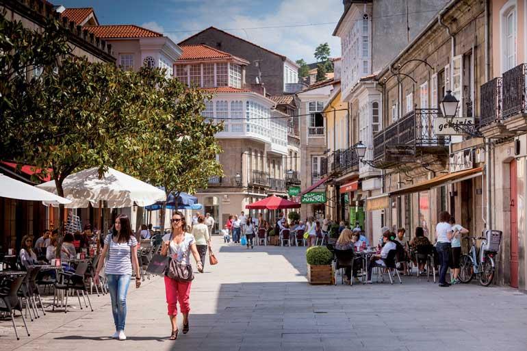 Monforte de Lemos es parada de la ruta por la Ribeira Sacra en tren turístico