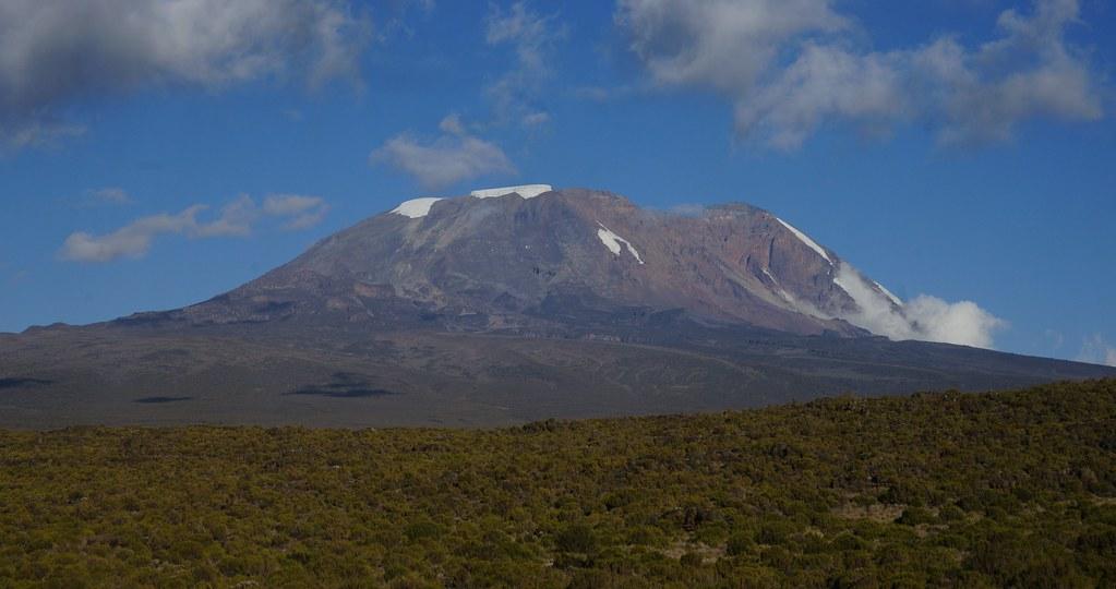 El Kilimanjaro es la montaña más alta de África. Foto © mitchpa1984