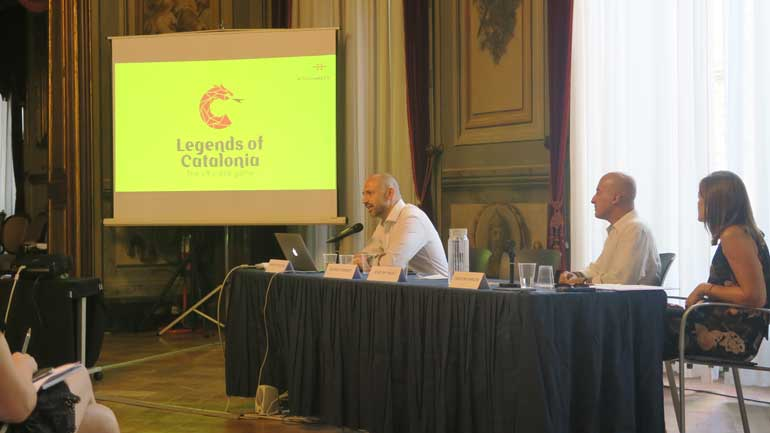 El director creativo de AfterShare TV, Iván de Cristóbal, presentó en el taller el videojuego Legends of Catalonia.