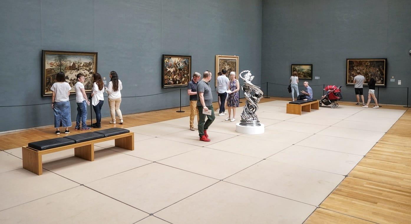 Museos de las Bellas Artes de Bruselas. Sala donde están los cuadros de Bruegel.