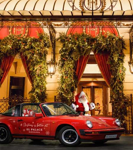 Papa Noel con un Porsche