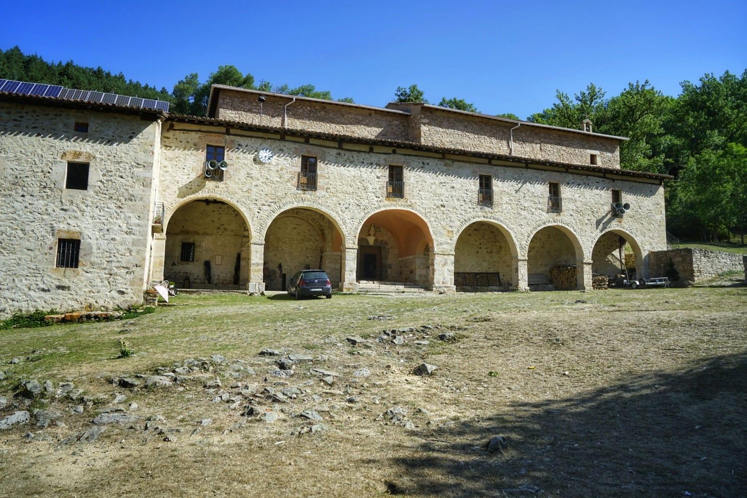 Ermita de la Virgen de Lomos de Orios, en Sierra de Cebollera