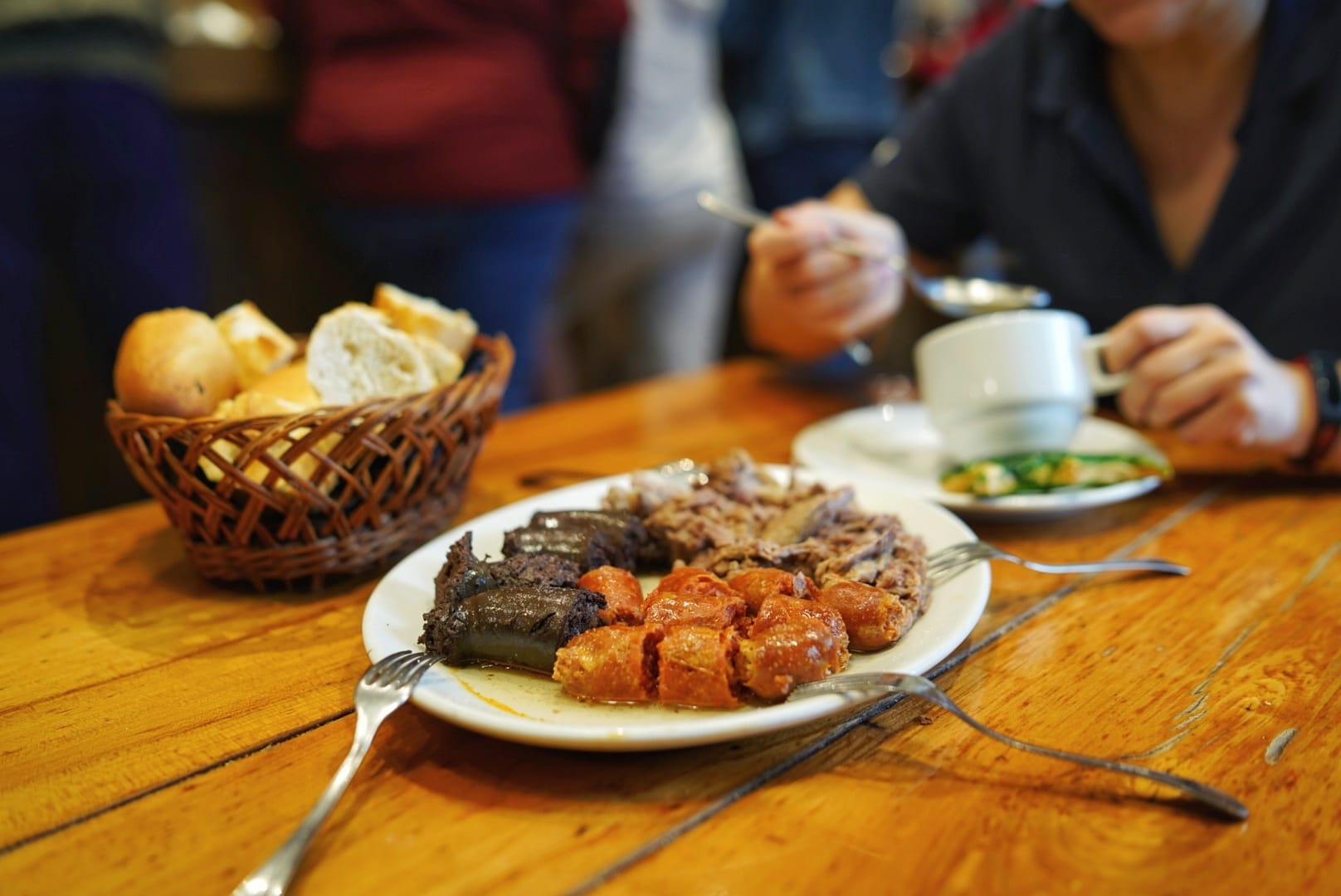Hamaitetako, o desayuno de las 11