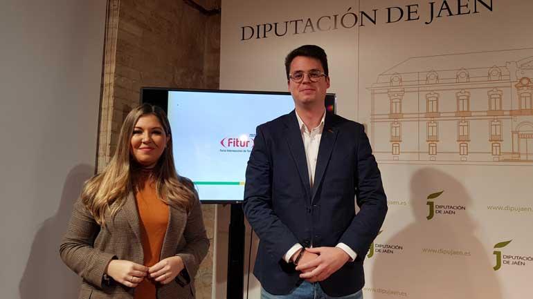 La delegada territorial de Turismo, Raquel Morales y el diputado de Promoción y Turismo de la Diputación de Jaén, Francisco Javier Lozano, hoy en la presentación