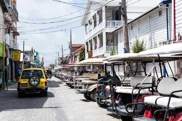 Calles de San Pedro, en Belice