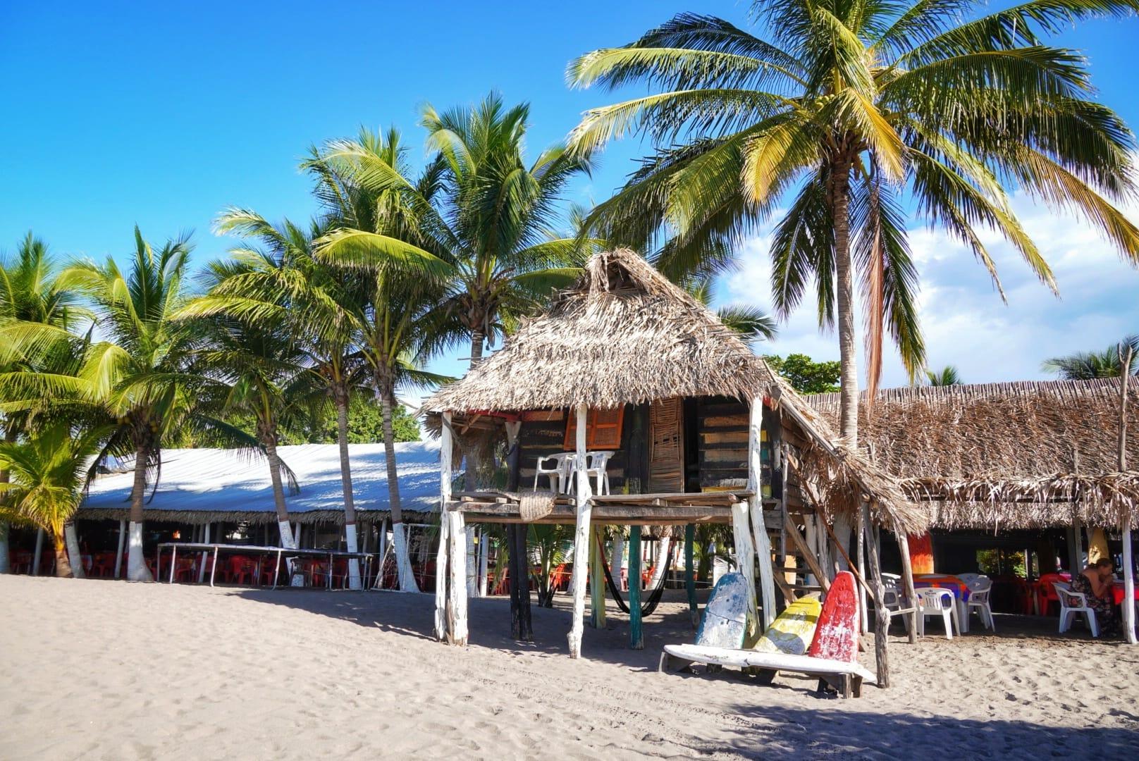 Chiringuito en la playa del Borrego, San Blas