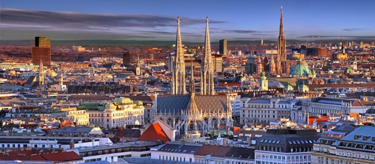 Los tejados de Viena los miramos con otros ojos después de ver Antes del Amanecer © Julius Silver
