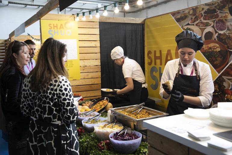 En B-Delicious hay 20 stands para probar diferentes especialidades gastronómicas