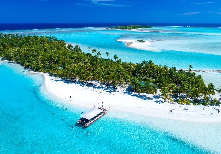 En pocos lugares del mundo se ven unas aguas cristalinas como en las Islas Cook