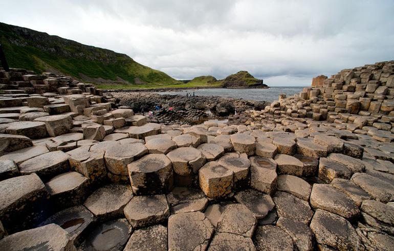La Calzada del Gigante es uno de los atractivos de Irlanda del Norte