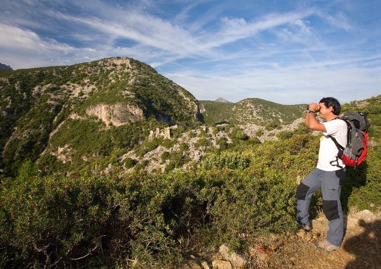 Ruta de Los Pueblos Blancos. Sierra de Grazalema. Descenso a la Garganta Verde Amanecer en San Fernando © www.cadizturismo.com