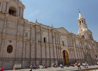 imagen Arequipa: patrimonio, gastronomía y naturaleza…