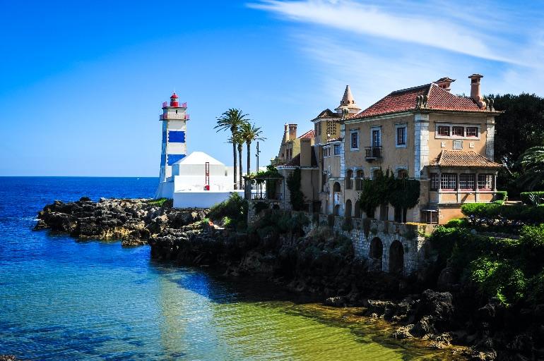 Faro de Santa Marta