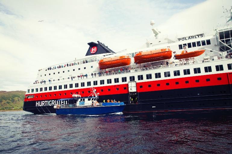 Hurtigruten reactiva 14 buques y sus salidas de exploración