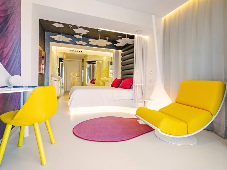 Five Flowers Hotel & Spa