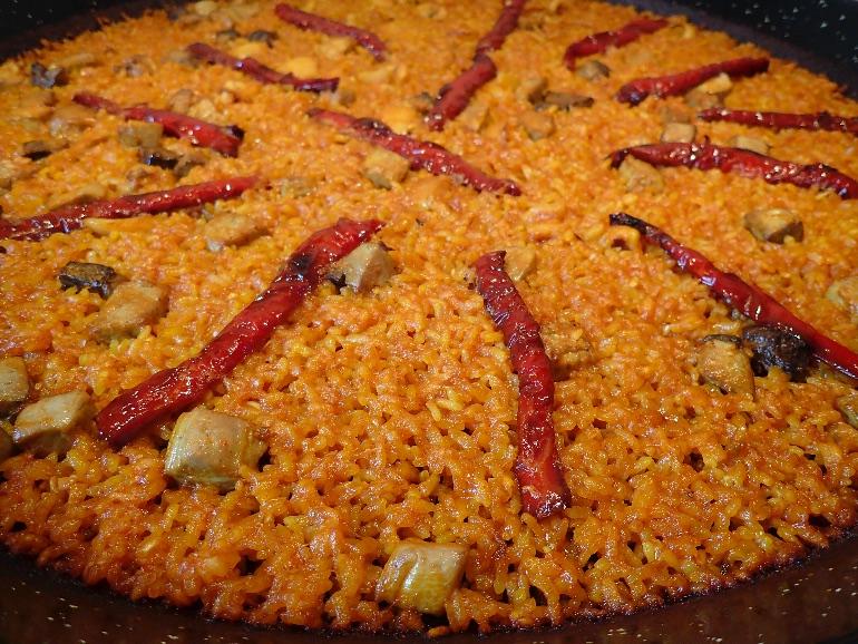 El arroz a banda es uno de los platos más emblemáticos de la gastronomía alicantina