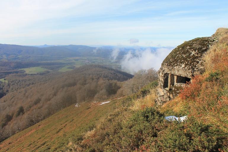 Conocer los búnkers del Pirineo navarro permite acercarse a la historia reciente