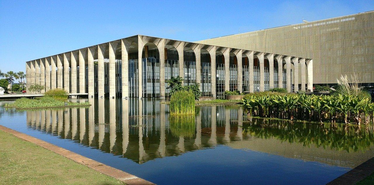Palacio de Itamaraty, diseñado por Oscar Niemeyer