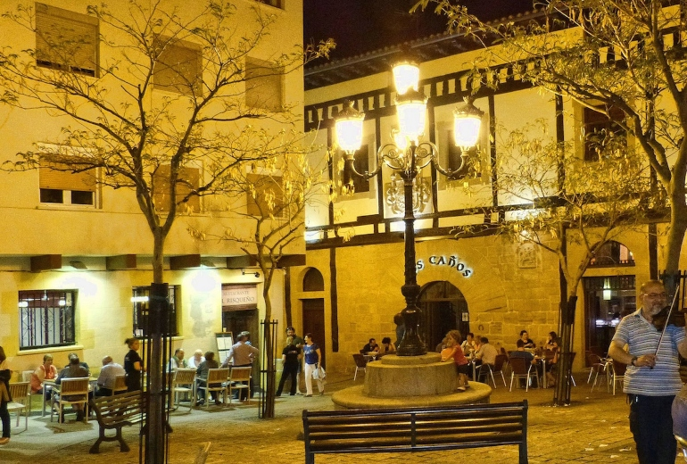 Plaza San Martín de Haro