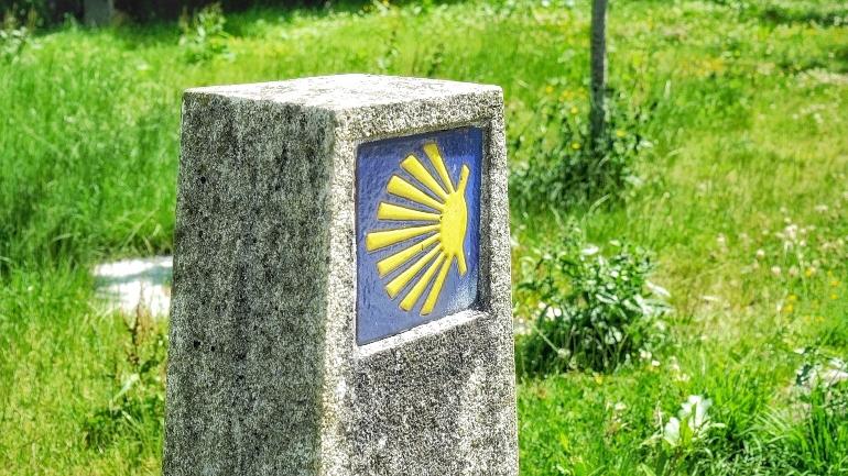 El tramo de la ruta jacobea entre Ferrol y Santiago de Compostela es de aproximadamente 120 kilómetros
