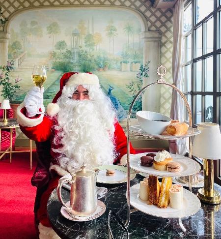 A Papá Noel le encanta El Palace Barcelona...¡cómo no!