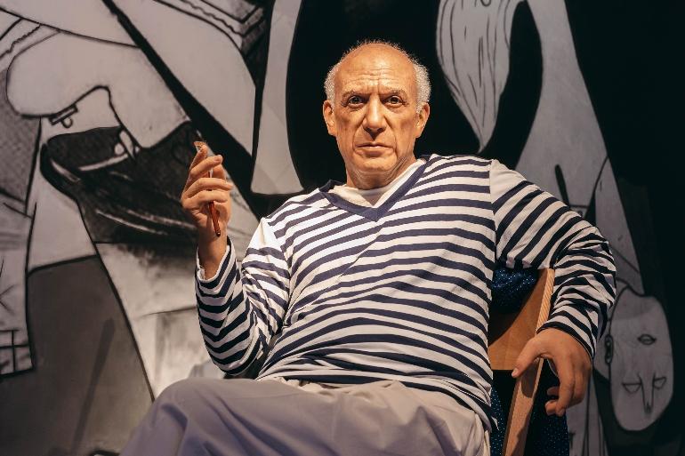 La figura de cera de Picasso estremece
