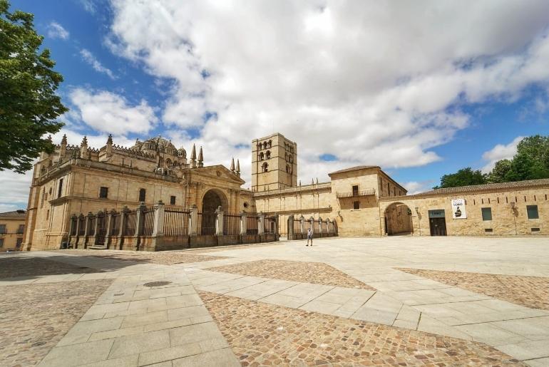 Plaza de la catedral de Zamora
