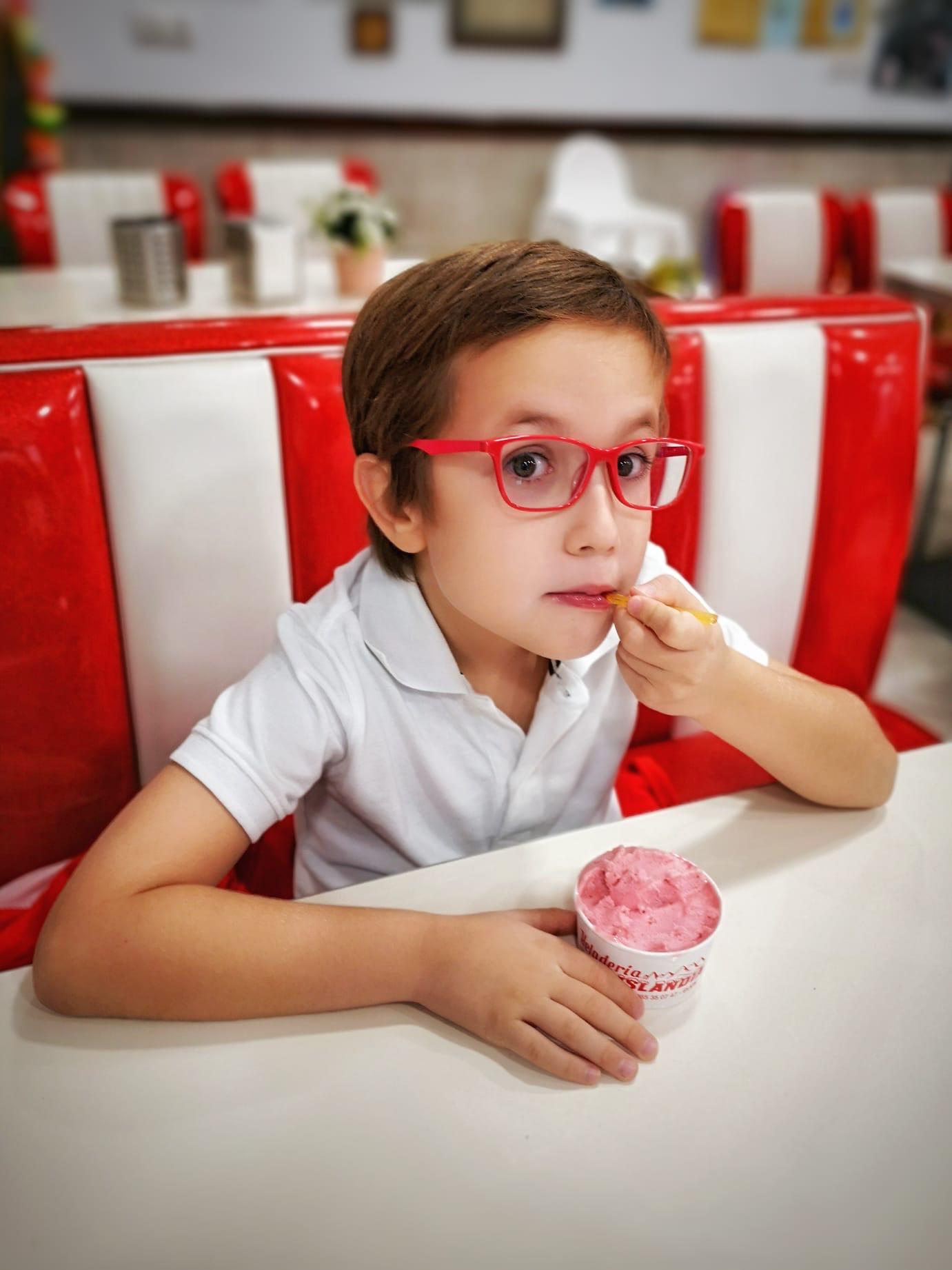 Los helados artesanos son algunas de las especialidades que se degustan con el bono Gijón Goloso